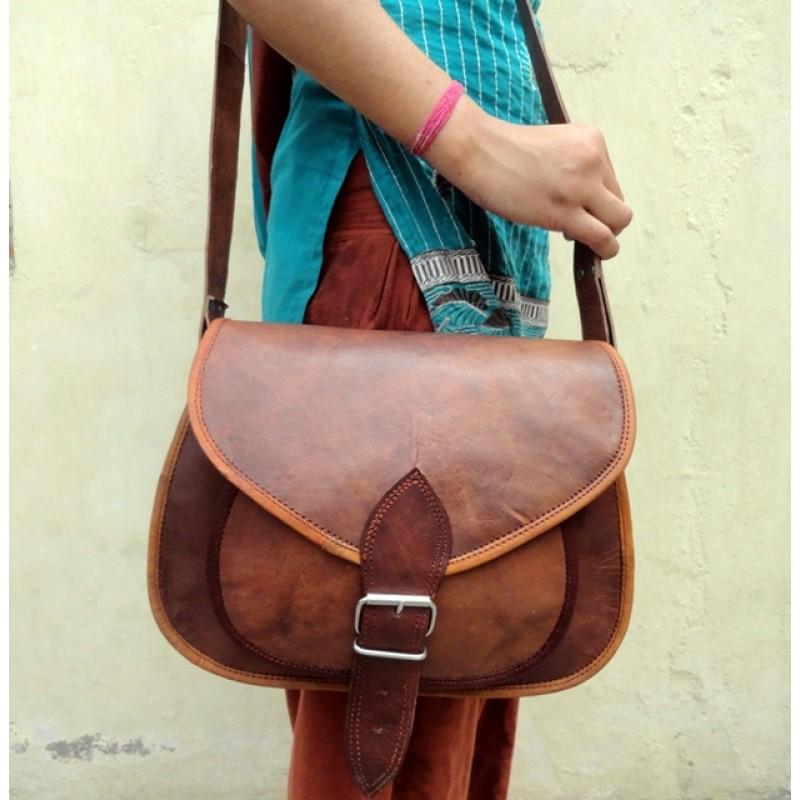 0c354d332a725 Skórzana torebka damska na ramię CANTARE VINTAGE™ Rozmiar 11