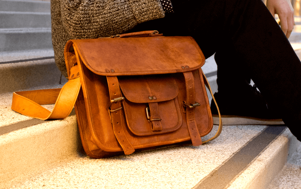 uniwersalna skórzana torba na laptopa