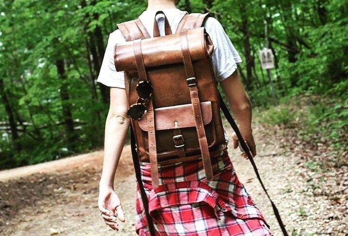 uroczy damski plecak skórzany rolowany